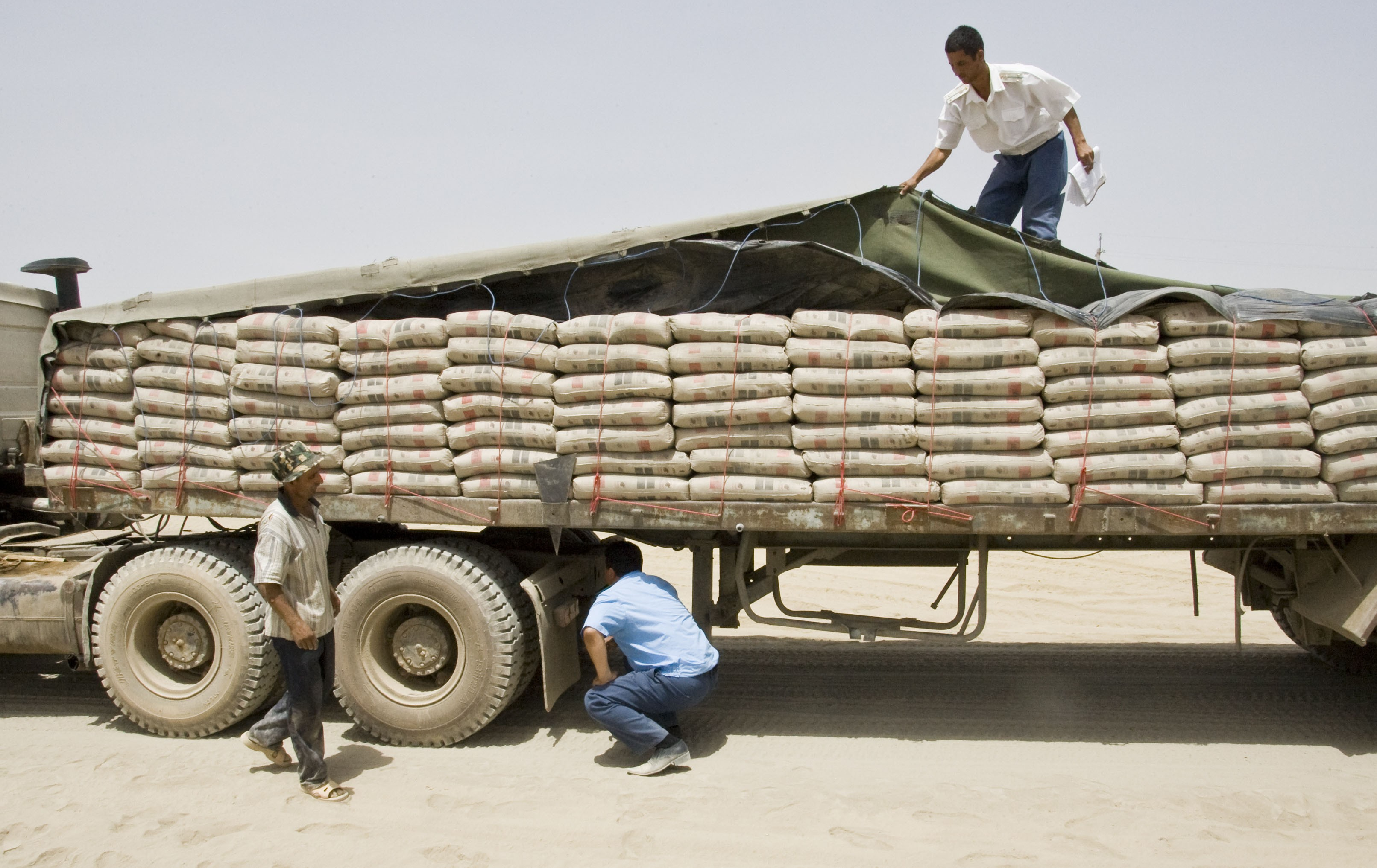 """Export of """"Cement"""" from """"Iran"""" to """"China"""" by Firooze Trading Company"""