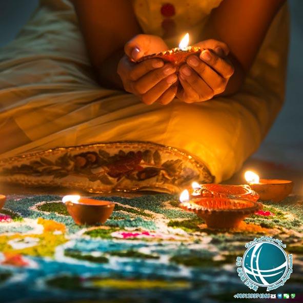 مهم ترین جشن های مالزی , رویدادهای کوالالامپور، کارناوال حراج گراندپریکس مالزی، مسابقه اتومبیل رانی گرند پری ، جشن روز وساک ، آداب برگزاری جشن روز وساک ، جشنواره رنگ های مالزی ، جشنواره های بین المللی هنرهای کوالالامپور، مهم ترین جشن های بودایی کوالالامپور، جشنواره تای پوسام کوالالامپور ، تای پوسام مراسمی مذهبی هندویی ، سال نو چینی ، آداب و رسوم سال نو در کوالالامپور ، برگزاری جشن سال نو چینی در کوالالامپور،سال نو در کوالالامپور ، جشن سال نو در کوالالامپور ، جشن سال نو چینی در کوالالامپور ، نمادهای سال نو در کوالالامپور ، رسومات سال نو در کوالالامپور ، آداب برگزاری جشن تای پوسام ، جشن سال نو چینی در مالزی، جشن سال نو در مالزی، مناسبت ها و رویدادهای کوالالامپور ، جشنواره های کوالالامپور ، روز قلمرو فدرال کوالالامپور ، نواحی فدرال مالزی، جشن روز قلمرو فدرال کوالالامپور ، لِ توردی لانگ کاوی، مسابقات دوچرخه سواری کوالالامپور، رستوران های ایرانی کولالامپور ، غذاهای معروف ایرانی ، معروف ترین رستوران های ایرانی کوالالامپور ، معروف ترین غذاهای ایرانی کوالالامپور، غذاهای ایرانی در کوالالامپور، میوه های گرمسیری مالزی ، تنوع بالای میوه در کوالالامپور ،میوه های گرمسیری مالزی ،میوه های مالزی، میوه های گرمسیری مخصوص مالزی، شاه میوه های مالزی، دوریان شاه میوه ی مالزی، رامبوتان، منگوستین ، منگوستین ملکه میوه های مالزی، مانگو یا انبه ، تنوع انبه در مالزی، لانکان ، دراگون فروت ، استار فروت ، خوشمزه ترین میوه های مالزی، شیرینی و دسرهای کوالالامپور , آشنایی با انواع کویح ، شیرینی و کیک های کوالالامپور, شیرینی جات مخصوص کوالالامپور ، کویح شیرینی مخصوص کوالالامپور، اوند اوند شیرینی مخصوص کوالالامپور، کویح تالام نوعی دسر مالایی، دسرهای مخصوص کوالالامپور، غذاهای محلی کوالالامپور , غذاهای گوشتی معروف در مالزی ، غذاهای معروف گوشتی کوالالامپور، معروفترین غذاهای کوالالامپور، غذاهای گیاهی کوالالامپور ، غذاهای دریایی معروف در مالزی، معروف ترین غذاهای دریایی کوالالامپور، انواع خوراک مرغ و ماهی معروف در مالزی، خوراک مردم مالزی , معروف ترین غذاهای کوالالامپور، تنوع غذایی در مالزی، غذاهای حلال محلی در مالزی، غذاهای حلال مالایی، سوشی های مالایی، غذاهای دریایی مالزی، رستوران های مالزی، رستوران های کوا