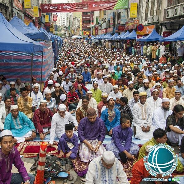 اعیاد مهم کوالالامپور , تعطیلات عمومی در مالزی، عید فطر در مالزی، اعیاد مذهبی کوالالامپور، هری رایا حاجی ، عید قربان در مالزی، تعطیلات عمومی مالزی، مهم ترین تعطیلات مالزی، تعطیلات رسمی مالزی، اعیاد مهم مالزی، جشنواره های فرهنگی مالزی , جشن دیباوالی کوالالامپور ، دیباوالی، دی والی جشن هندوها در کوالالامپور، کارناوال حراج پایان سال مالزی،مسابقه بین المللی دو در برج کی ال،
