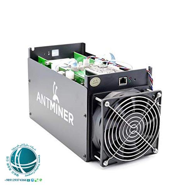 چگونه بیت کوین استخراج کنیم؟,دستگاه ماینر, ماینر چیست؟, تولید بیت کوین, دستگاه تولید بیت کوین, بیت کوین, استخراج بیت کوین, ارز دیجیتال, شبکه ارز دیجیتال, شبکه بیت کوین, چگونه بیت کوین استخراج کنیم؟, چگونه ارز دیجیتال تولید کنیم؟, مزرعه تولید بیت کوین, دستگاه استخراج بیت کوین, کیف پول بیت کوین, Bitmain Antminer , هش ماینر, واحد پردازش بیت کوین, صنعت ماینینگ, مصرف برق دستگاه ماینر, تهیه دستگاه استخراج بیت کوین مناسب, استخراج بیت کوین چگونه انجام می شود؟, امنیت شبکه بیت کوین, پرکاربردترین دستگاه های استخراج بیت کوین, Bitmain Antminer S9 , NanoCompat8 , Bitmain Antminer T9 , سیستم خنک کننده ماینر, استخرهای استخراج بیت کوین, مشهورترین استخرهای استخراج بیت کوین, استخراج ابری, مزایا و معایب استخراج ابری, انواع استخراج ابری,